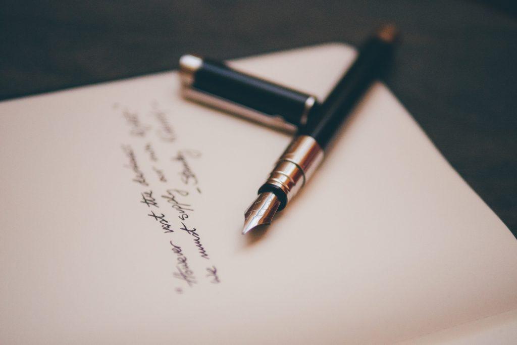 psihologija, dnevnik, pisanje, pitanja za upoznavanje sebe, introspekcija, rad na sebi, edukacija, vrednosti, vrijednosti, autenticnost